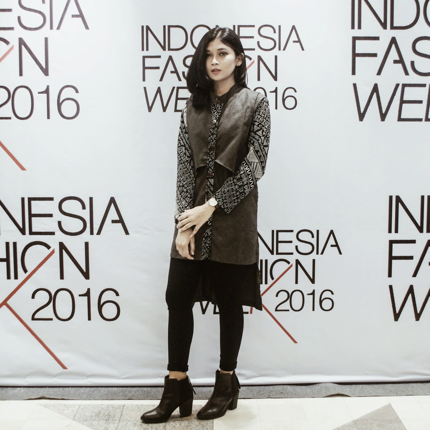 "Indonesia Fashion Week 2016 ""Reflections Culture"""
