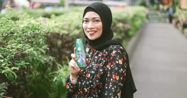 Shampoo untuk Hijabers – Rejoice Perfect Cool 3in1 Shampoo